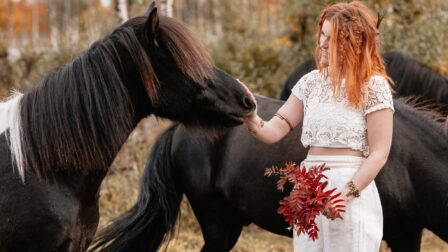 boho bride med hästar